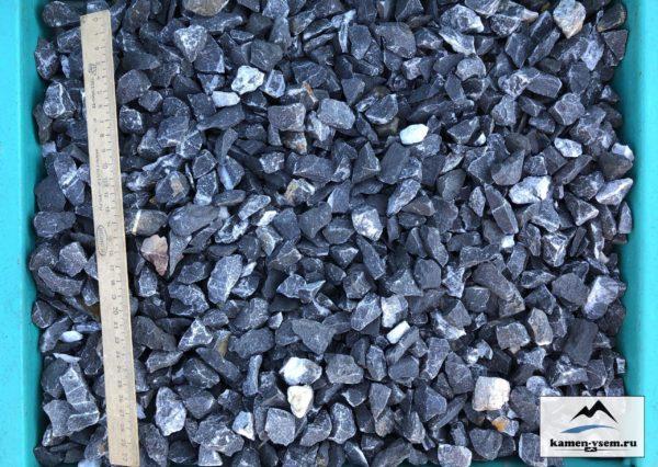 Крошка черная мрамор 5-10 мм
