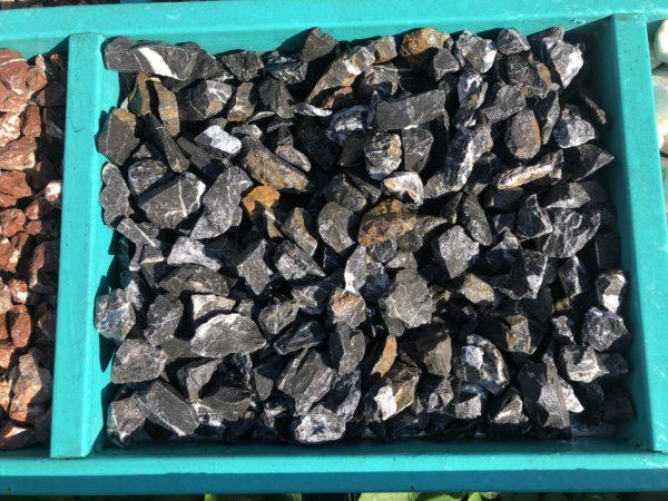 Крошка черная мрамор 20-40 мм